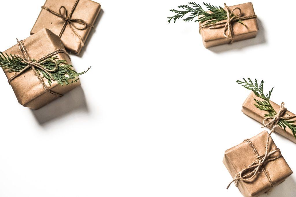 Christmas_presents_student